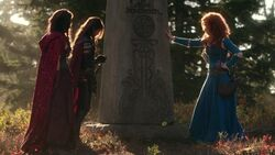 Once Upon a Time - 5x09 - The Bear King - Mulan Ruby and Merida