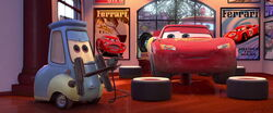 Cars-disneyscreencaps.com-9804