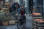 Mary Poppins Returns still (3)