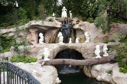 Snow White's Grotto