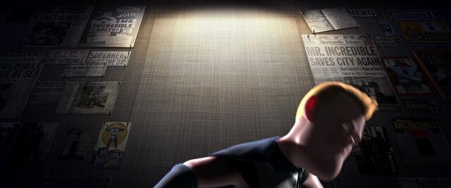 File:Incredibles-disneyscreencaps.com-6098.jpg