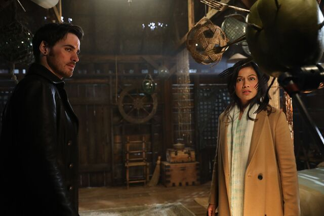 File:Once Upon a Time - 6x14 - A Wondrous Place - Photography - Hook and Jasmine 2.jpg
