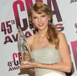 Taylor Swift 45th CMAs