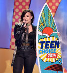 Demi Lovato Fox Teen Choice Awards14