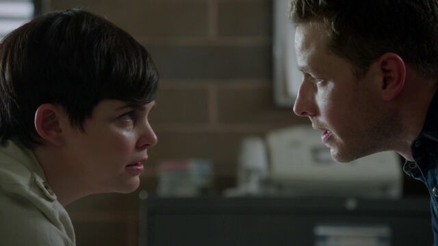 File:Once Upon a Time - 5x03 - Siege Perilous - Snow and Charming.jpg