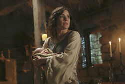 Once Upon a Time - 2x14 - Manhattan - Photography - Milah