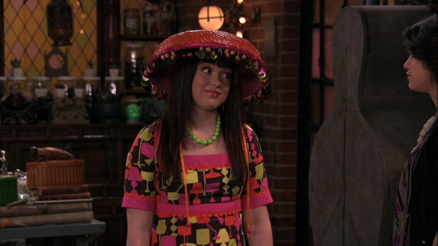 image wizards of waverly place 3x26 moving on harper jpg