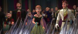 Anna und Hans erschrecken sich vor Elsas Kräften