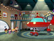 Little Einsteins Rocket room