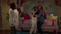 Raven's Home - 1x02 - Big Trouble in Little Apartment - Raven, Nia and Chelsea