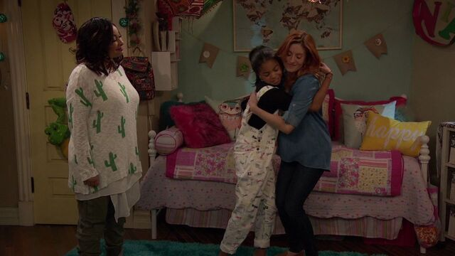 File:Raven's Home - 1x02 - Big Trouble in Little Apartment - Raven, Nia and Chelsea.jpg
