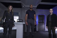 Agents of S.H.I.E.L.D. - 6x13 - New Life - Photography - Quake, Mack and Simmons