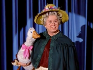 02 Sylvester and Mother Goose