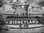1954-disneyland-story-15