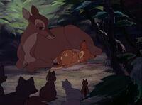 Bambi-disneyscreencaps.com-387