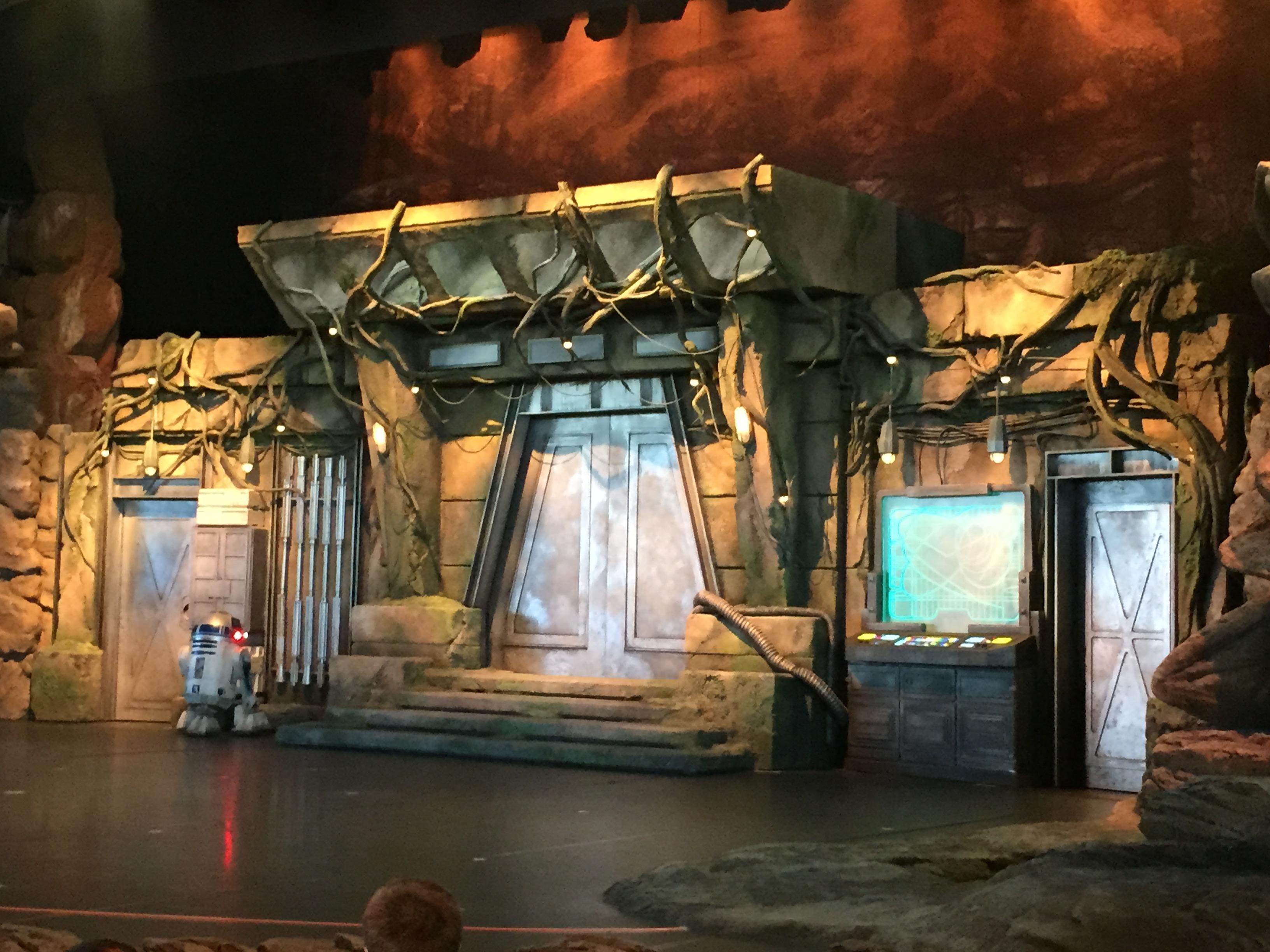 Roblox Disneylands Fantasmic Youtube Jedi Training Trials Of The Temple Disney Wiki Fandom