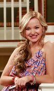 Liv and maddie pilot 4