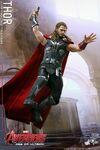 Thor AOU Hot Toys 05