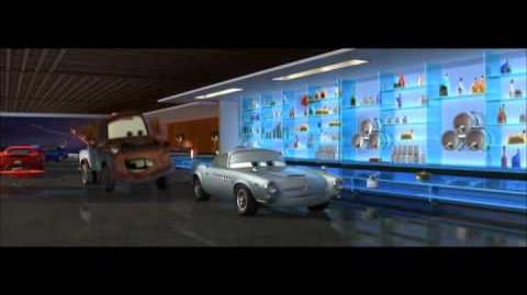 Carros 2 - Clip 3 - Walt Disney Studios Oficial