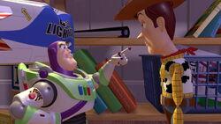 Woody trifft auf Buzz Lightyear