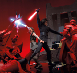 Rey and Kylo vs the Guards The Last Jedi