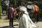 Once Upon a Time - 6x03 - The Other Shoe - Photography - Stepsister and Footman