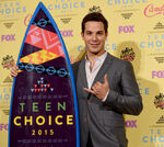 Skylar Astin Teen Choice Awards15