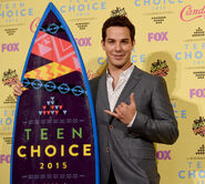 Skylar Astin Teen Choice Awards15