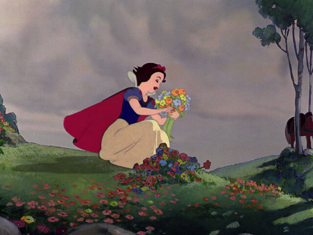 File:Snow-white-disneyscreencaps.com-699.jpg