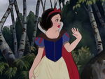 Snow-white-disneyscreencaps.com-847