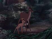 Bambi-disneyscreencaps.com-3606