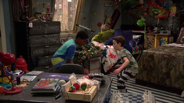File:Raven's Home - 1x02 - Big Trouble in Little Apartment - Booker and Levi.jpg