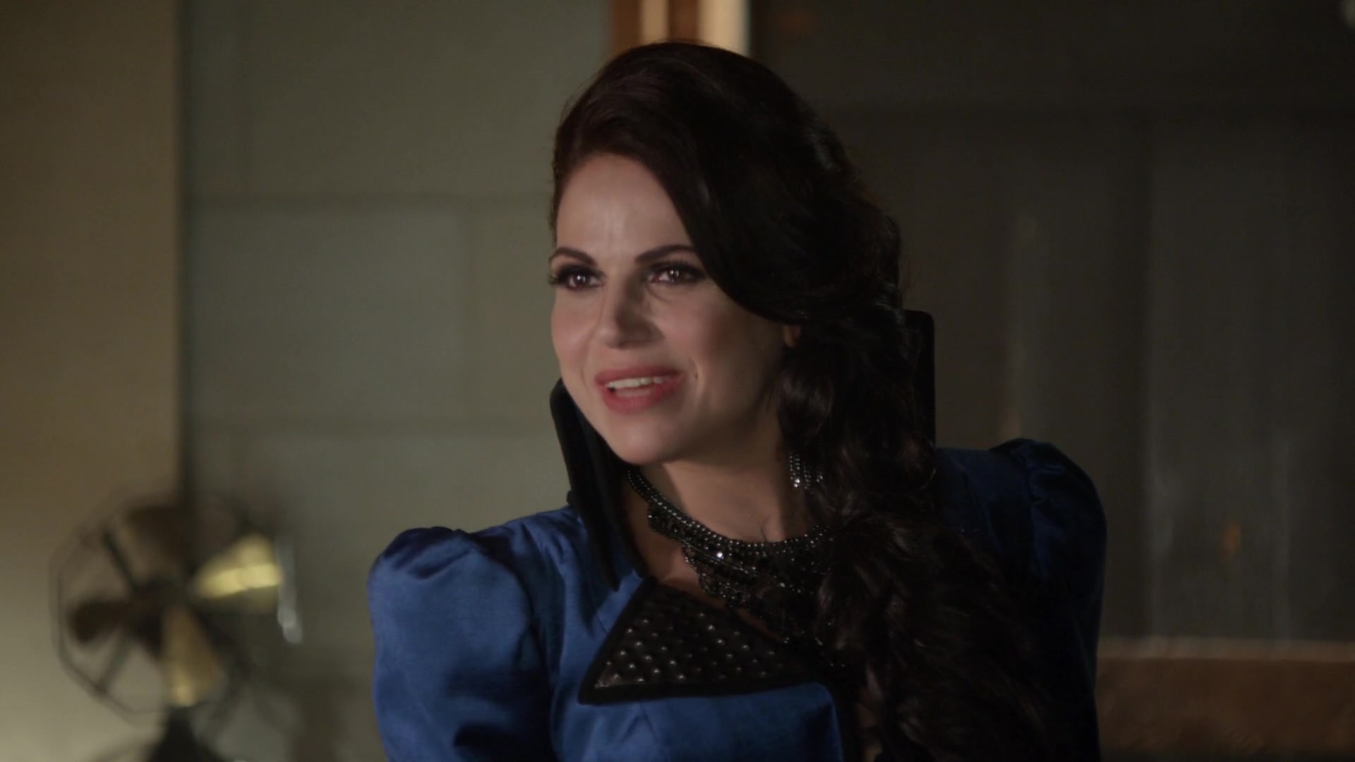 Once Upon a Time - 6x04 - Strange Case - Evil Queen