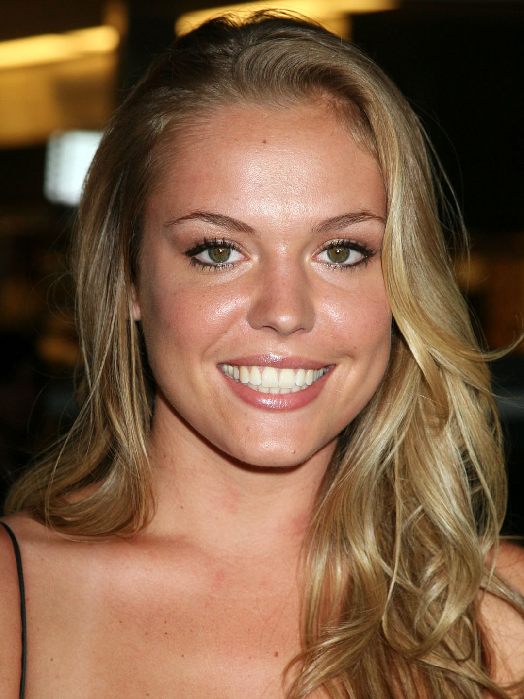 Agnes Bruckner Nude Photos 17