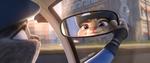 Judy melihat ke diri sendiri