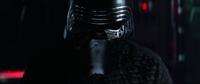 Kylo Ren spricht zu Darth Vader