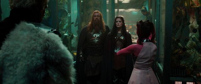 File:Thor-dark-world-movie-screencaps.com-12120.jpg