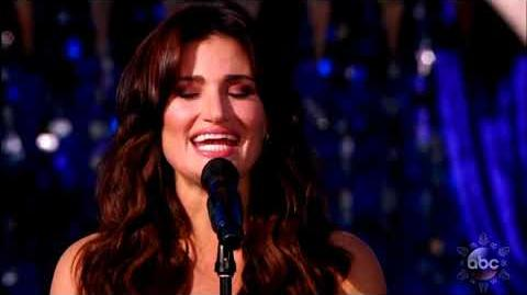 Idina Menzel - When You Wish Upon a Star (Disney Parks Magical Christmas Celebration 2017)