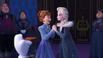 Olaf's-Frozen-Adventure-46