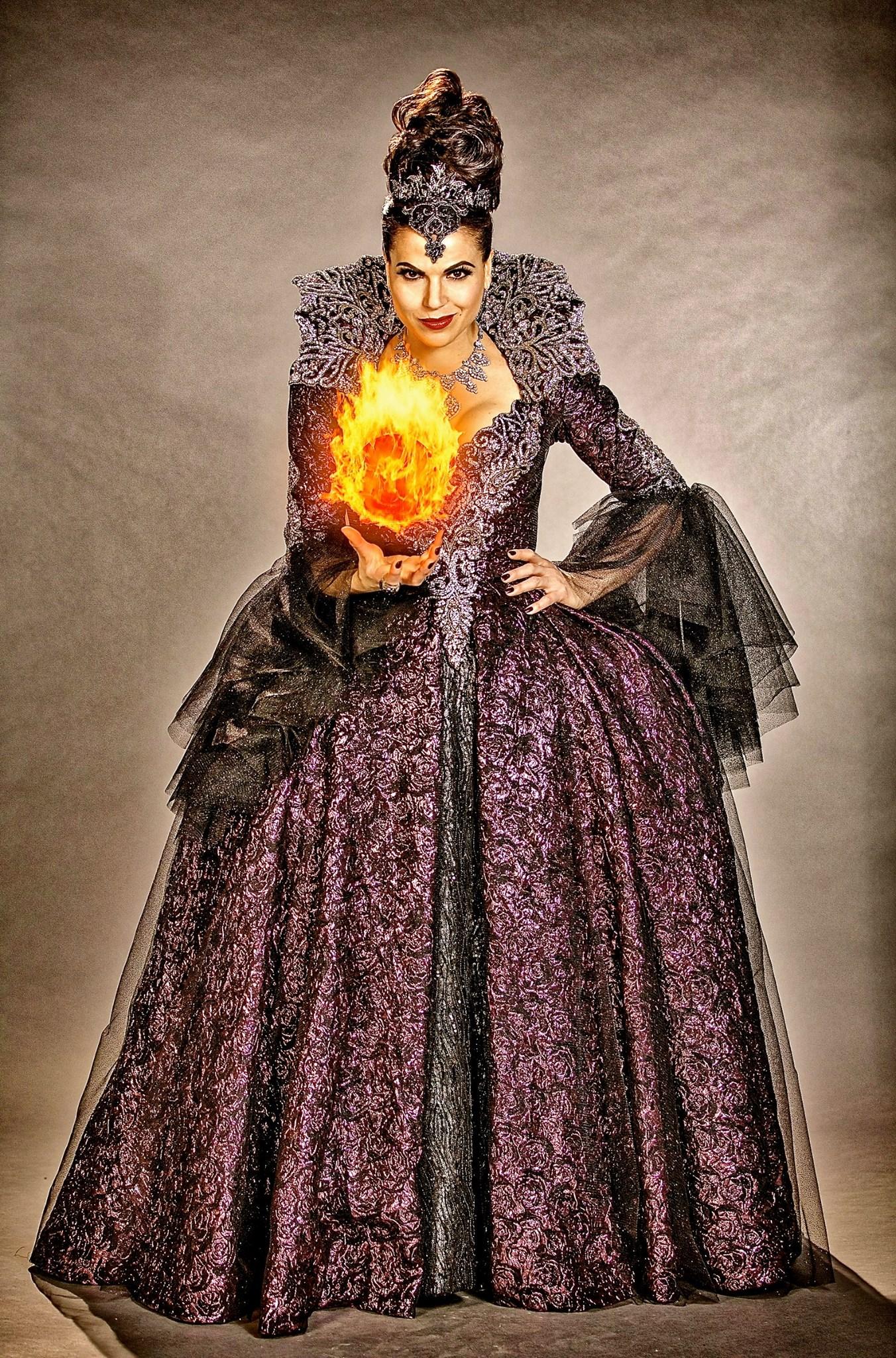 Evil Regina | Disney W...