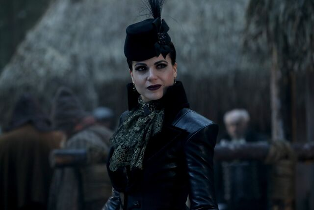 File:Once Upon a Time - 6x14 - Page 23 - Photography - Evil Queen 2.jpg