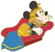DisneyShopping.com - Women Through History Pin Set (Minnie as Cleopatra)