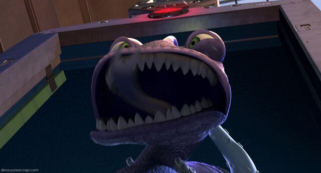 File:Monsters-disneyscreencaps com-7658.jpg