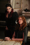 Once Upon a Time - 6x05 - Street Rats - Photography - Evil Queen and Zelena 2