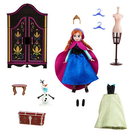 File:Frozen Anna Mini-Doll Set.jpg