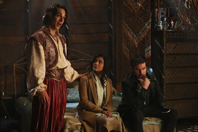 File:Once Upon a Time - 6x14 - A Wondrous Place - Photography - Aladdin, Jasmine and Hook.jpg