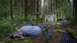 Once Upon a Time - 7x01 - Hyperion Heights - Cinderella Fallen