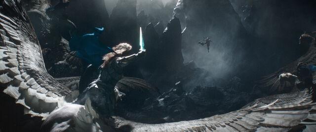 File:Thor Ragnarok 16.jpg