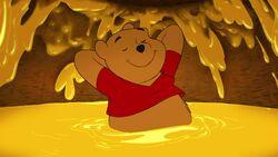 Winnie-the-pooh-disneyscreencaps.com-6086