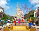 Hong-Kond-Disneyland-reopening-castle